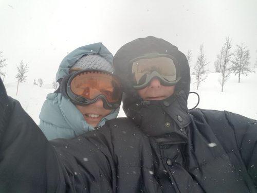 wij in de sneeuw